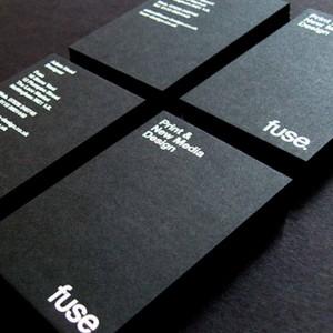 Визитки на черной бумаге