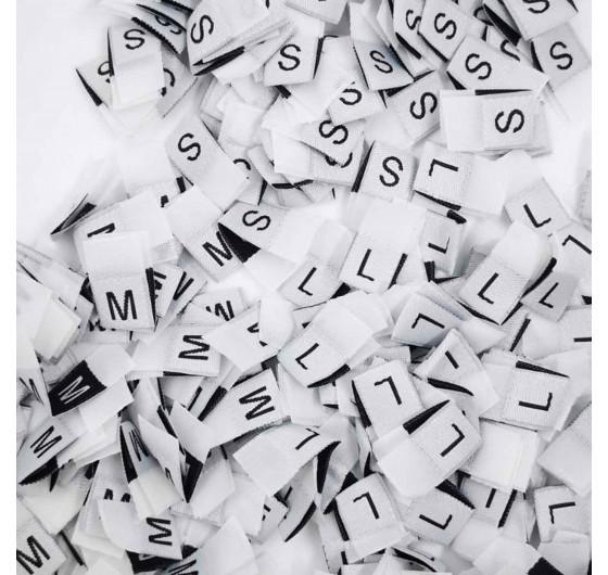 Жаккардовые размерники на белом фоне